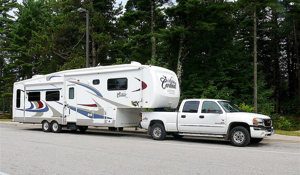 traveling cardinal fifth wheel rv