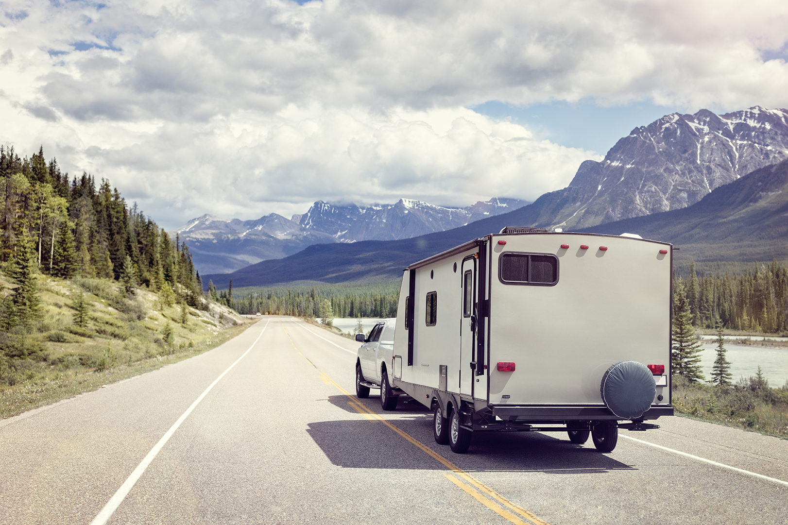Learn your vehicles' tow ratings, GVWR and GCWR to determine how much weight you can tow