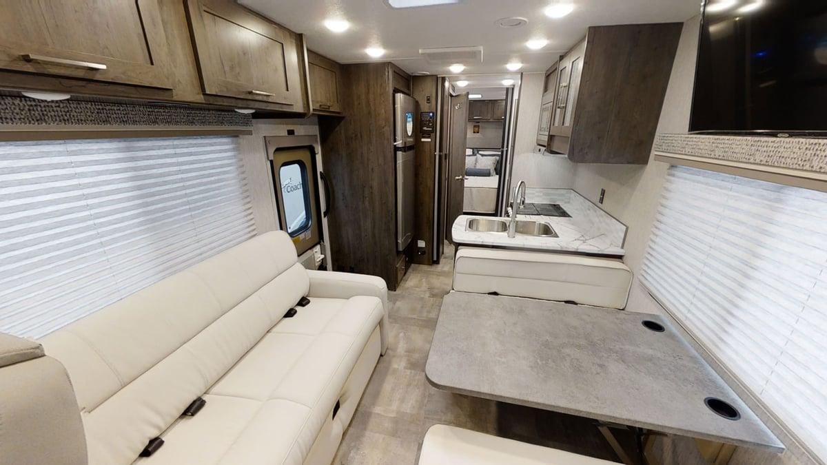 Coachmen RV Pursuit Precision 27XPS Interior