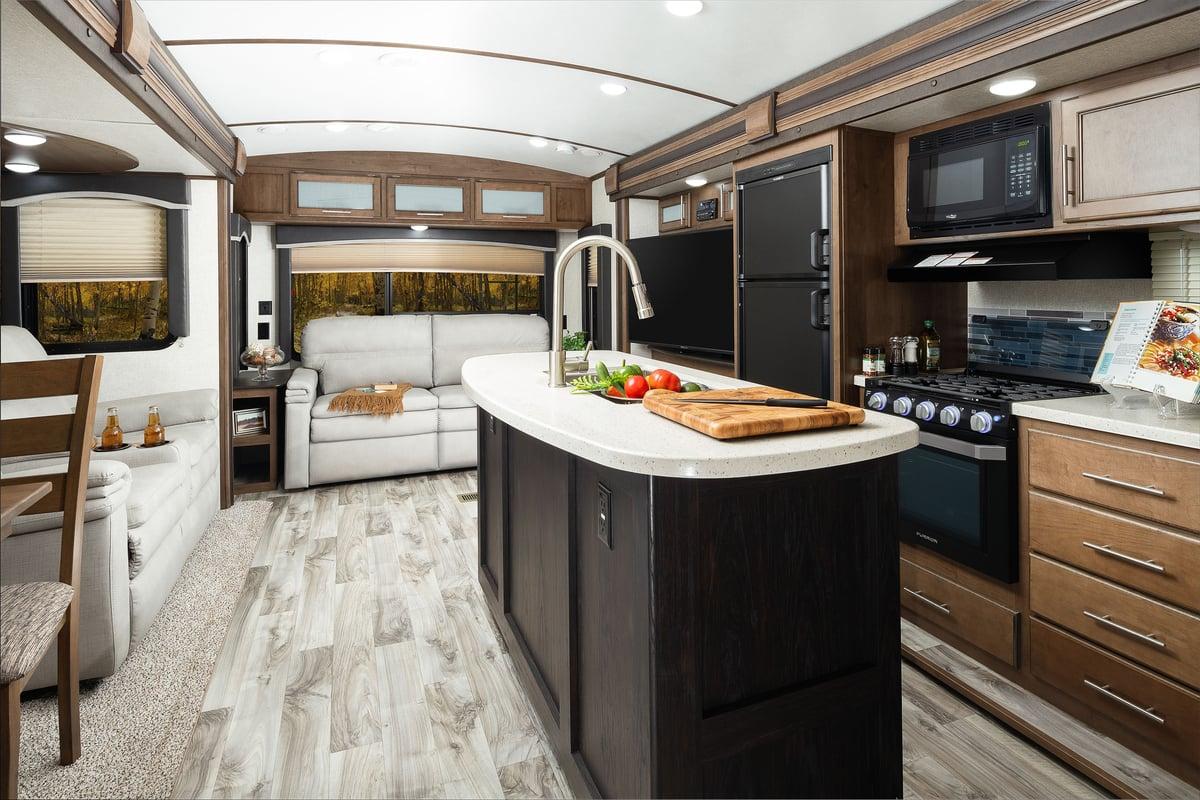 Keystone RV Cougar Half Ton 29MBS Interior