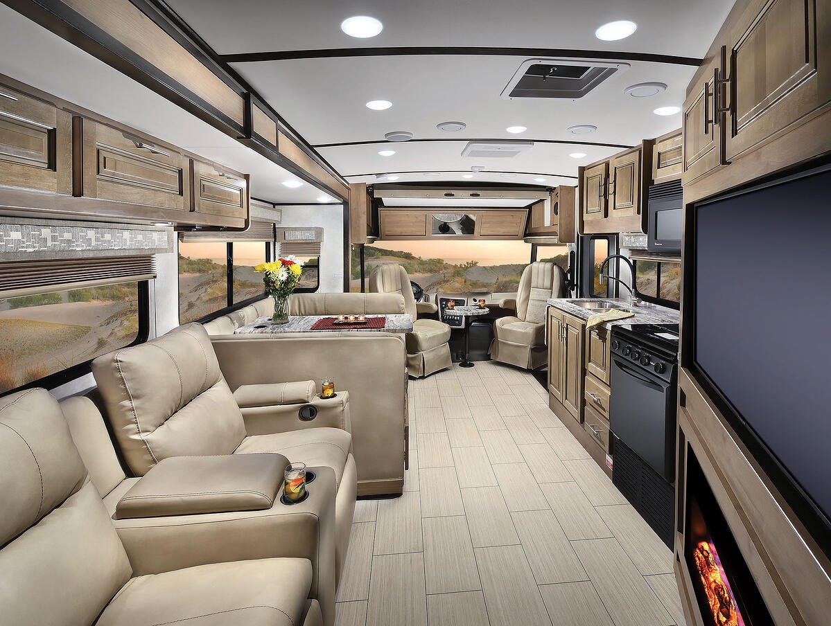 FR3 30DS Interior