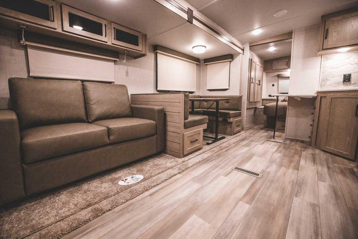 Rockwood Ultra Lite 2706WS Living Area