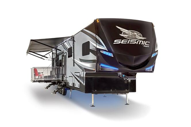 Jayco Seismic fifth wheel toy hauler