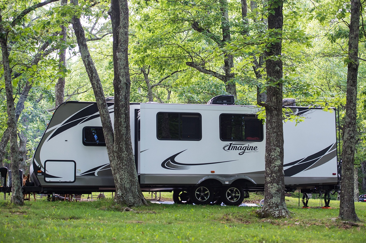 The Simple Nomads Provide Freelance Marketing Services While Full Time RVing