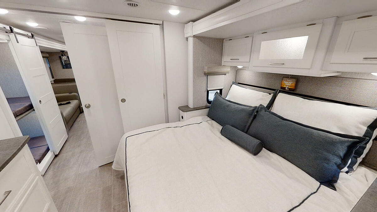coachmen mirada king bed and bunk beds