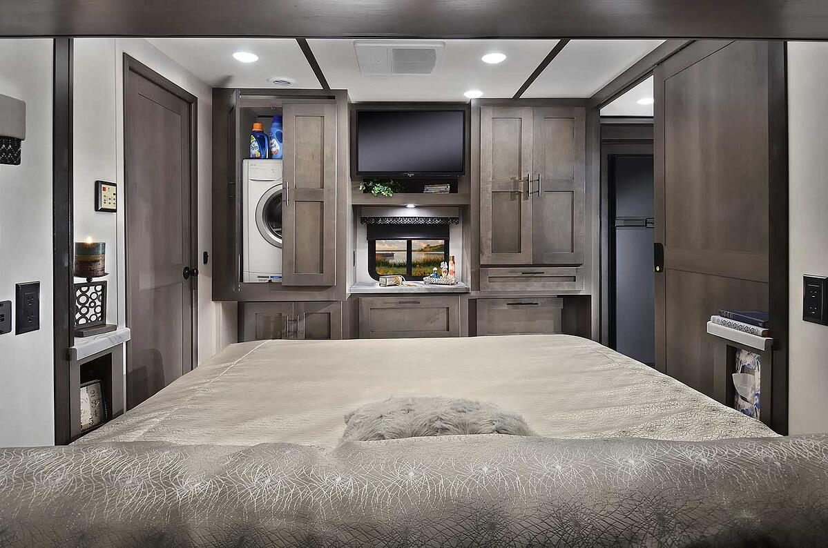 forest river fr3 34ds class a motorhome bedroom