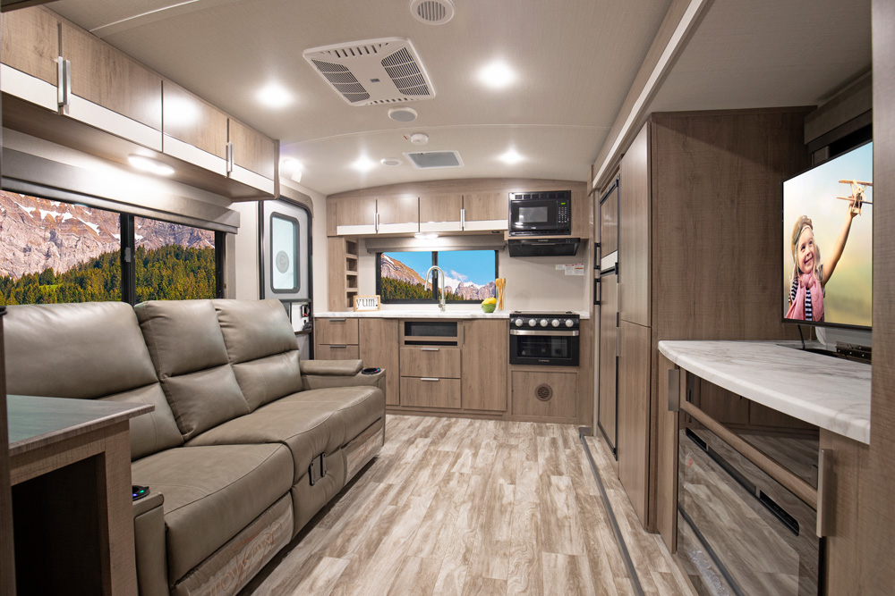 grand design imagine travel trailer common space