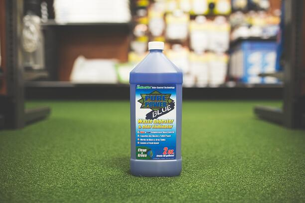 RV holding tank cleaner