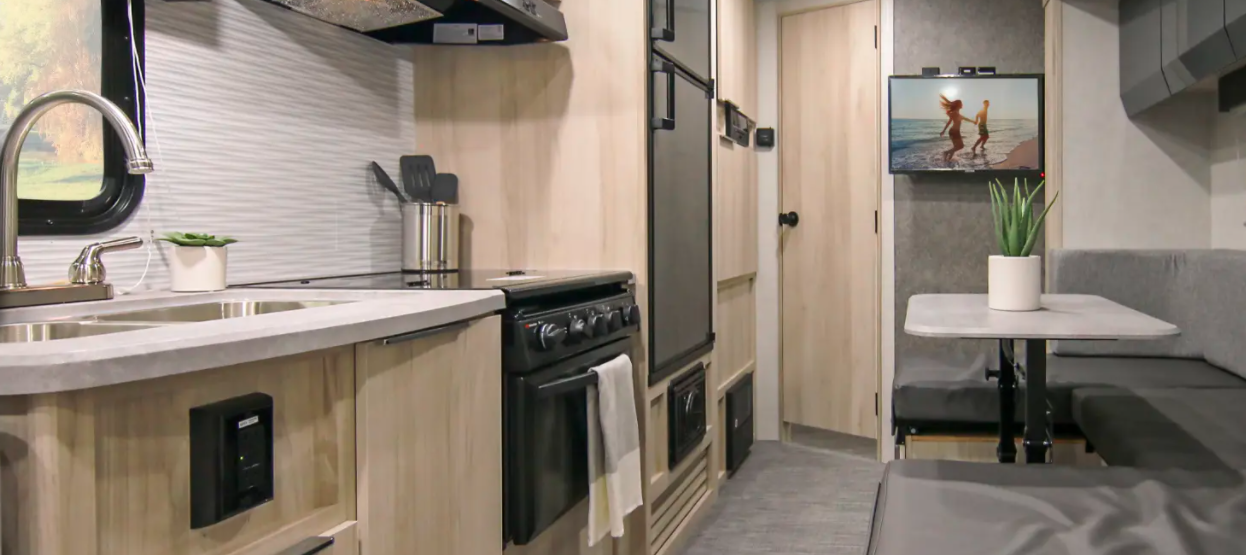winnebago hike travel trailer interior