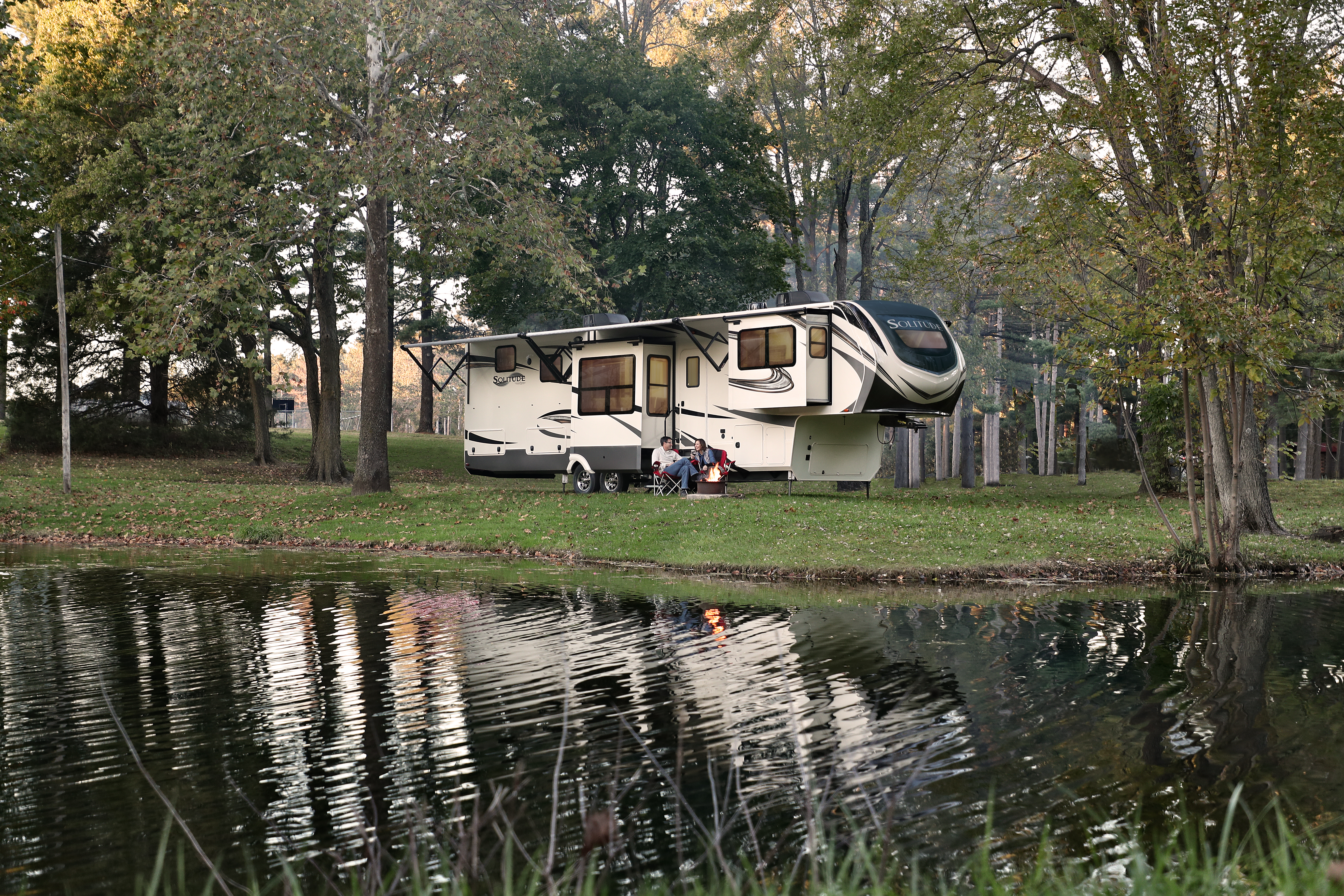 5 Top of the Line Fifth Wheel RV Brands