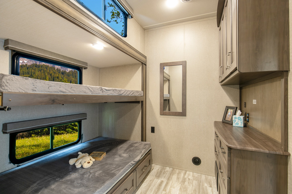 6 of the Top Fifth Wheel RVs with Bunkhouses